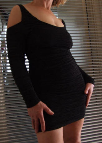 KIAH Black rouched dress
